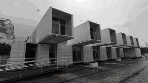 La nueva instalación está formada por  contenedores, se montó en apenas quince días, es ampliable y se puede trasladar.